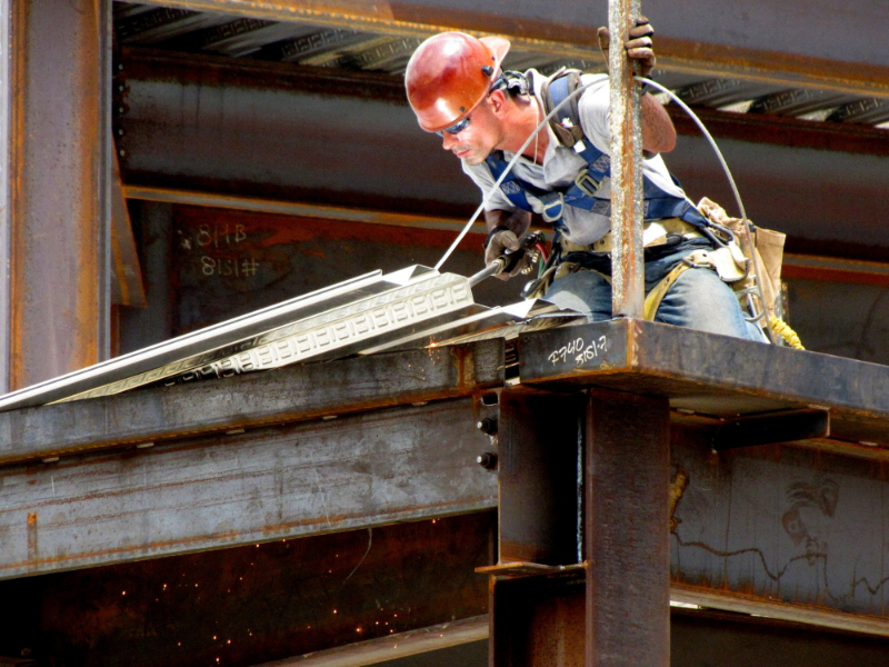 worker alert fall prevention